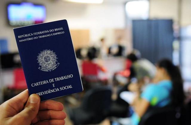 Regiões Norte e Nordeste apresentam parcelas maiores que a média nacional de desempregados há pelo menos dois anos - Créditos: Pedro Ventura/Agência Brasil