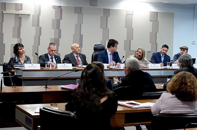 Rede de Médicos Populares apresentou pontos divergentes e alternativas à MP do Programa Médicos pelo Brasil, em Comissão Mista. - Créditos: Foto: Waldemir Barreto/Agência Senado
